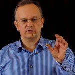 Wyjdź ze strefy komfortu! (film: Pełna moc możliwości: Jacek Walkiewicz at TEDxWSB)